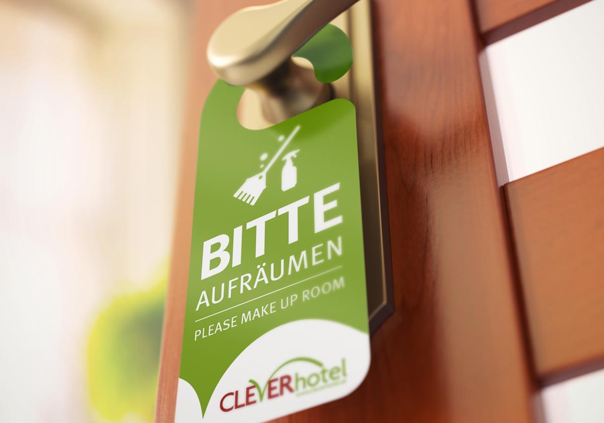 cleverhotel_tuerhaenger.png